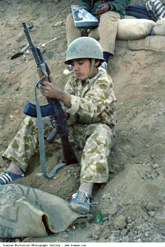 Iran_Iraq_War_Young_Boy_Kalashnikov